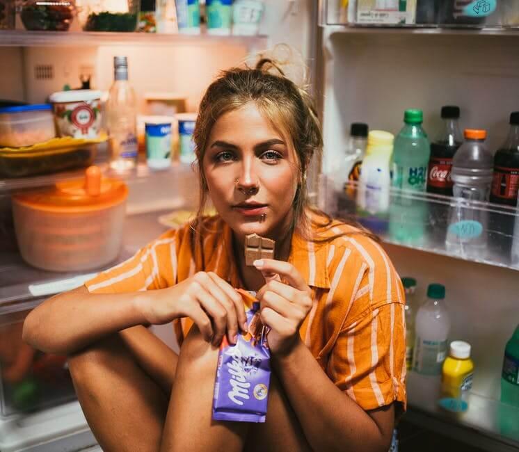 Лайфхаки от бесконтрольного потребления вкусняшек и переедания