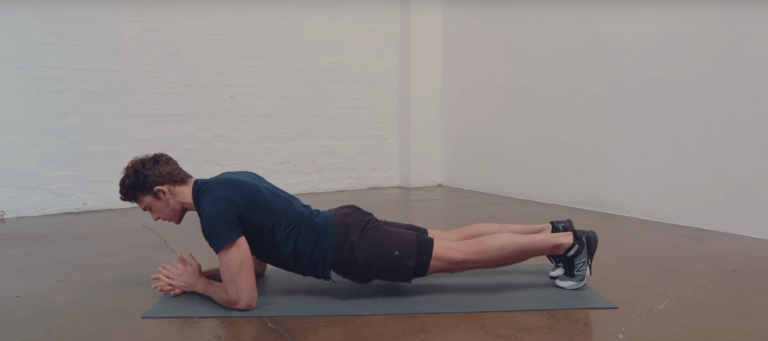 неправильная техника упражнения планка